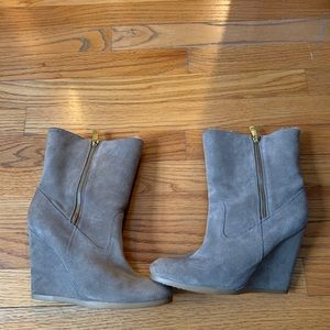 Coach suede boots with warm lining